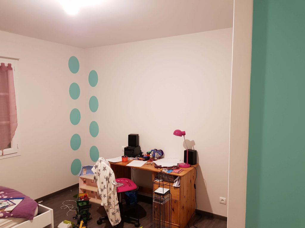 Réalisation peinture - Personnalisation chambre d'enfant ronds bleus