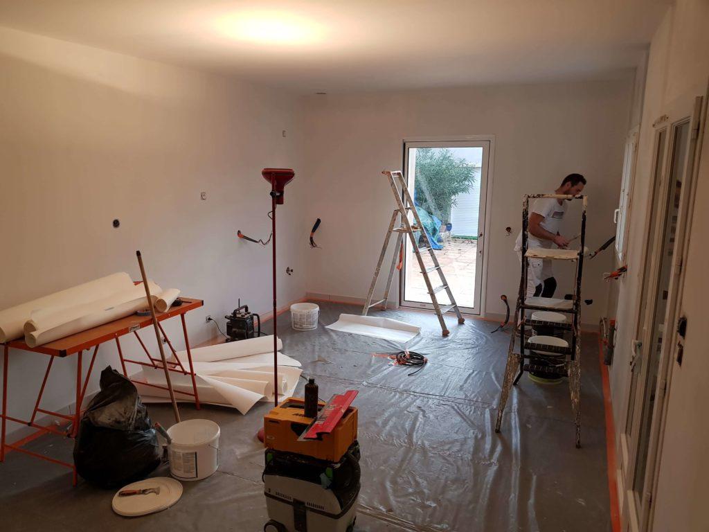 Peinture intérieure - Pièce en travaux - Couleur blanc