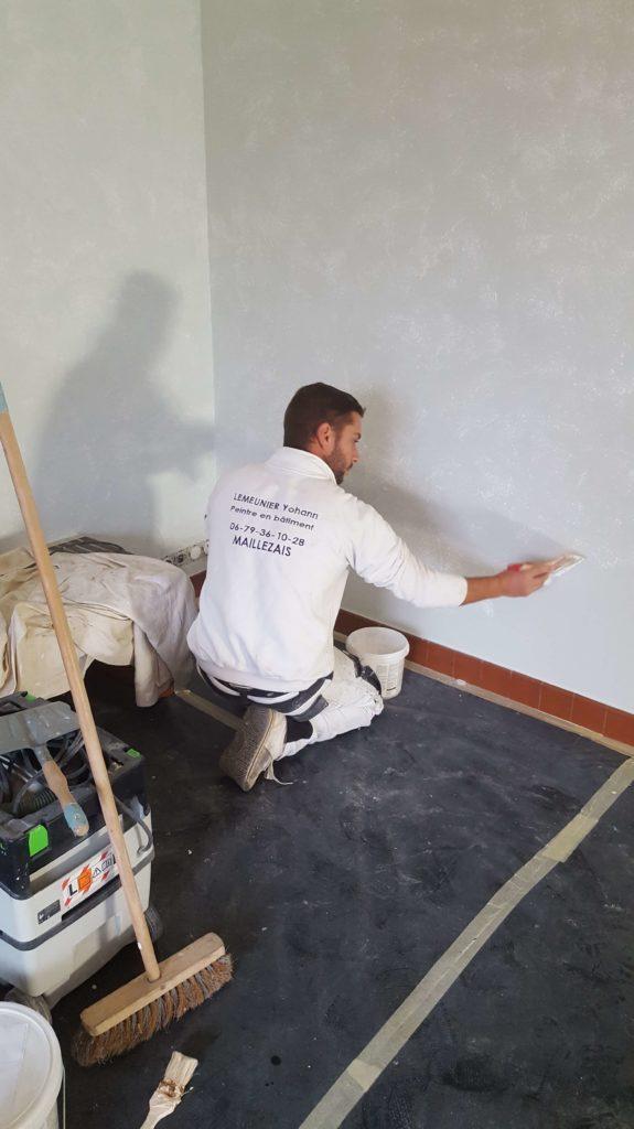 Peinture d'intérieur - Réalisation d'un mur déco